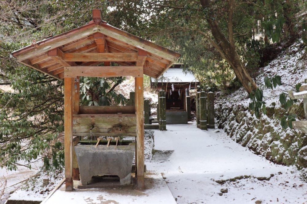 国造神社の手水舎